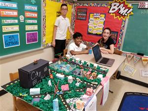 Mrs. Vazquez's Class Hosted a GeoCities Fair